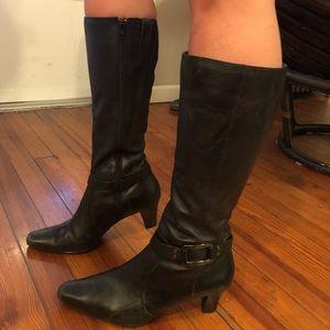Anne Klein size 8 boot